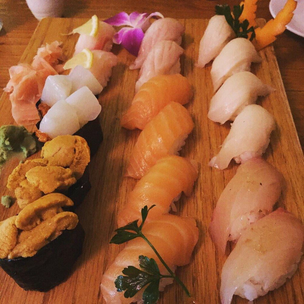 nigiri board - Dine-In at Yanagi - pic by Tiffany P. on Yelp